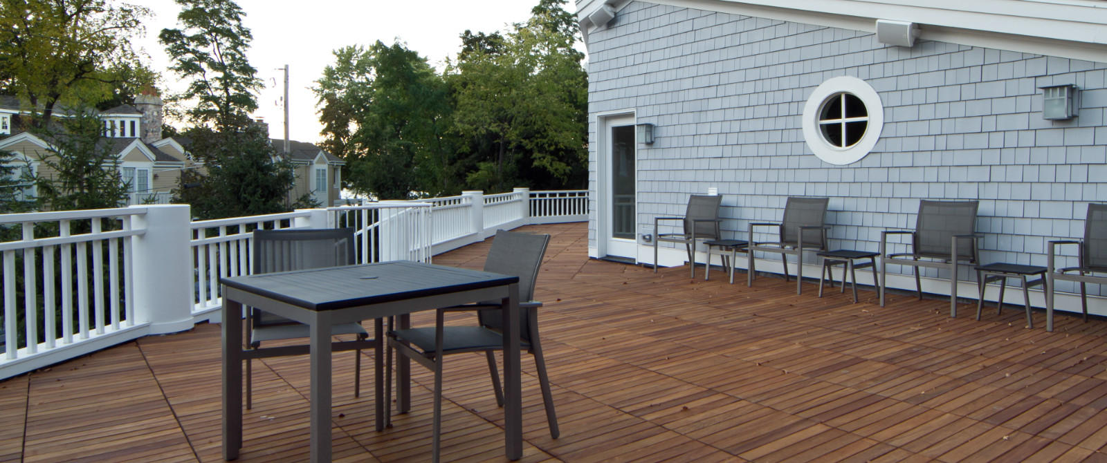 Beautiful Outdoor Decking Style